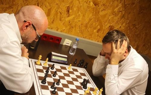 FM Hechl versus GM Zilka